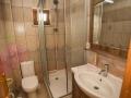 mira-otel-tatil-apartlari-odalar-banyo
