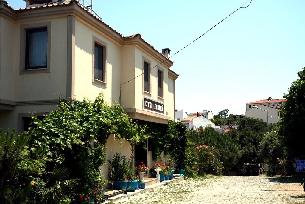 Bozcaada Ebruli Otel
