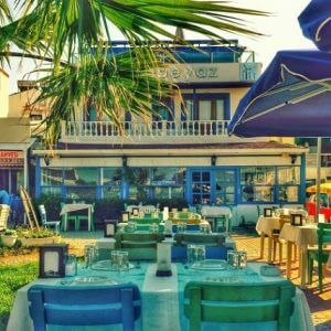 mavi beyaz restaurant